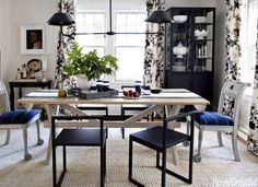 A+1920s+Ann+Arbor+Colonial+Gets+an+Understated+Makeover  - HouseBeautiful.com
