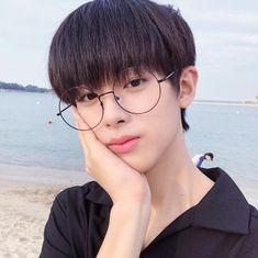 Cute Korean Boys, Asian Boys, Korean Girl, Pretty Boys, Cute Boys, Kim Min Gyu, Aesthetic Body, Korea Boy, Jellyfish Entertainment
