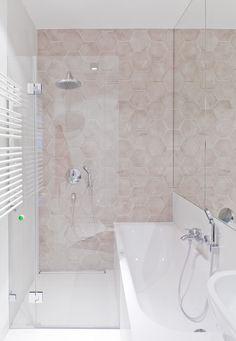 łazienka / bathroom our project #idea #elegant #colors #blue #beige #bathtub #patterns #hexagon  #inspiration #interiordesign #inspiracje #wnętrza #tatemono Alcove, Bathtub, Bathroom, House, Standing Bath, Washroom, Bathtubs, Home, Bath Tube