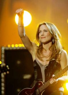 American's Music Awards 2003 Jewel Singer, Bass, Sheryl Crow, James Bond Movies, American Music Awards, American Country, Composers, Female Singers, Her Music