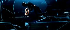 Rinzler is Tron . Tron is Rinzler.from Tron Legacy Fiction Movies, Cult Movies, Tron Art, Light Cycle, Tron Legacy, Horror Icons, Daft Punk, Cultura Pop, Retro Cars