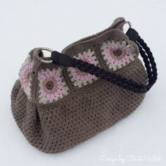Kolay Tığ İşi Çanta Nasıl Örülür? 14 Crochet Case, Knit Or Crochet, Crochet Handbags, Crochet Purses, Crochet Purse Patterns, Handmade Handbags, Knitted Bags, Crochet Fashion, Crochet Accessories