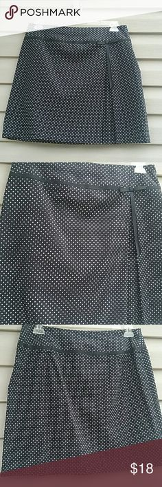 Briggs polka dot skirt Very cute Briggs skirt black and white polke dot with a little bow in front,  side zip size 14 excellent used condition  Waist is 32in. Length is 19in. briggs Skirts