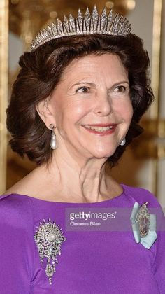 Royal Crowns, Royal Tiaras, Queen Of Sweden, Swedish Royalty, Diamond Tiara, Queen Silvia, Casa Real, Royal Jewelry, Royal Fashion