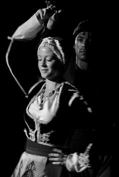 Dance from Crete Greek Dancing, Greek Traditional Dress, Dance Comp, Greek Music, Greek Culture, Folk Dance, Christian Bale, Greek Clothing, Thalia