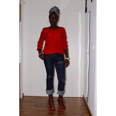 #tbt to My first documented #DIY Blog Post  #DIY Distressed Boyfriend Jeans  H&M Top...Details on the Blog  www.oriwo-design.de  #diy ##oriwodesign #madeingermany #hamburg #distressedjeans #distresseddenim #boyfriendjeans #headwrap #naturalhair #redheels #blogger #slowfashion #slowfashionblogger #diyblogger #diyblogger_de #blogger_de #turban #turbanista #turbanswag #headwrapswag