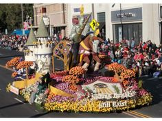 Rose Parade Photos 2012 - Floats role down the parade route during the 123rd Rose Parade on Jan. 2.