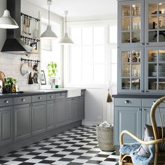 kitchen ikea grey kitchen with extractor hood mounted ceiling above the nyc kitchen design ikea kitchen Grey Cupboards, Ikea Kitchen Cabinets, Kitchen Cabinet Doors, Kitchen Flooring, White Cabinets, Tile Flooring, Upper Cabinets, Kitchen Sink, Kitchen Storage
