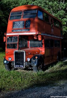 A London double-decker bus in Japan — Tokyo Times Vintage London, Old London, Volkswagen Bus, Volkswagen Beetles, Rt Bus, London Red Bus, Routemaster, Double Decker Bus, Wheels On The Bus