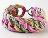 Bracelet crochet idea