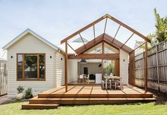Sheri Haby Architects recently completed renovations at Gable House, a charming Edwardian timber cottage. A previously built addition to Gable House incorporated the main bedroom, kitchen and dining … Timber Pergola, Gable House, House Roof, House 2, Weatherboard House, Timber House, Outdoor Kitchen Design, Pergola Designs, Pergola Kits
