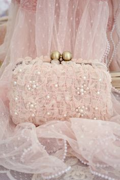 Beautiful, Soft Pink Clutch Ꮗ/Pearls Net Lace~❥