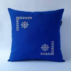 Home Decor by Fluvely on Etsy Kasuti Embroidery, Pillow Embroidery, Embroidered Cushions, Hand Embroidery Design Patterns, Flower Embroidery Designs, Wine Bottle Candles, Cushion Cover Designs, Crochet Square Patterns, Leather Pouf