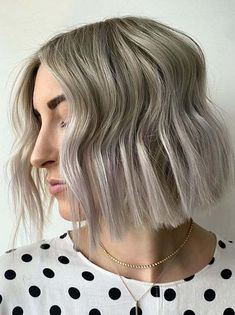 Awesome Ash Grey Blunt Cut Bob Hair Looks for Girls in 2020 Bob Haircut ash Awesome Blunt Bob cut girls Grey Hair Bob Haircuts 2017, Blunt Bob Haircuts, Hairstyles Haircuts, Classic Bob Haircut, Modern Bob Haircut, Ash Gray Hair Color, Ash Grey, Grey Hair, Medium Hair Styles