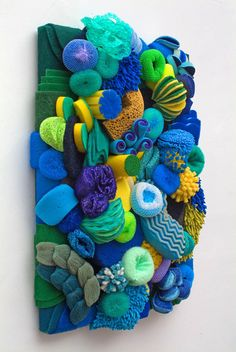 Fantastic Coral Reef Sculptures Made out of Household Objects…ok, this is just fun for a laundry room. Artist Lynn Aldrich has created a fantastic series of coral reef sculptures out of household objects like plungers, mop heads, and sponges. Coral Reef Art, Coral Reefs, Diy And Crafts, Arts And Crafts, Under The Sea Party, Ocean Themes, Art Plastique, Textile Art, Textile Sculpture