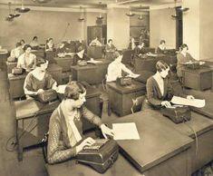 1925 Accounting office. 1925 Oficina de Contabilidad