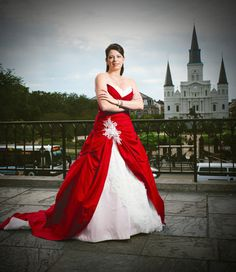 The beautiful red and white wedding dress, Dasa style.  A beautiful colored gown for your fantasy, gothic, or offbeat day.  Would also make a gorgeous Christmas winter wedding dress.