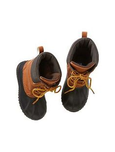Jack snow boots size 10 toddler (5/6 should fit too) - I thought these were cute but not picky :)