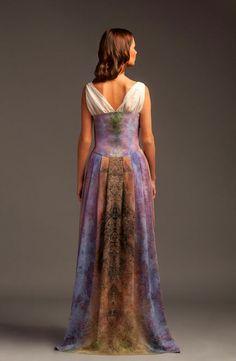 Вечернее платье из авторского шелка от PAVO CREATIONS. Handmade.