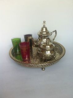 Moroccan-Tea-giftset-Teapot-Qudsi-Serving-Tray-3-glasses-Suger-bowl