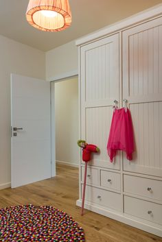 A wardrobe in a girl's room, pink on white. By Liat Hadas, Architecture & Design. Kids Bedroom, Bedroom Decor, Bedroom Ideas, Pink Design, Kids Room Design, Girl Room, Colorful Rugs, Architecture Design, Interior Design