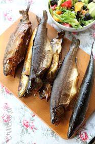 ChilliBite.pl - motywuje do gotowania!: Wędzenie ryb w domowej wędzarni Smoking Meat, Sausage, Food And Drink, Fish, Decoupage, Outside Wood Stove, Polish Sausage Recipes, Sausage Recipes, Roast