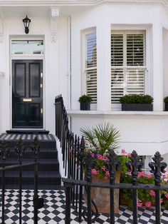 10 best black and white tile design ideas, projects and usage examples - Sefa Stone Entry Way Design, Small Garden Design, Townhouse Exterior, Victorian Terrace, White Exterior Houses, White Tiles, Black And White Tiles, Building A Porch, Porch Design