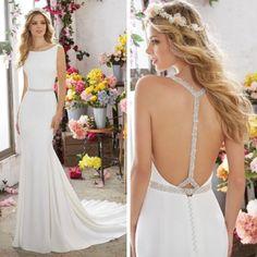 Sleek and modern! #eogowns #bridetobe #engaged #newarrivals #2017bride #inlove #weddingdress #LNK #midwest #midwestbride @morileeofficial