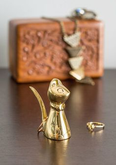 Put It on Paws Ring Holder, #ModCloth