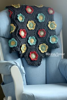 Blooming Baby Blanket By Natalie Gowen - Purchased Crochet Pattern - (ravelry)--nice colors!