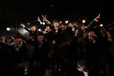 2月16日に東京・下北沢GARDENで行われた「The Road to Graduation」の様子。