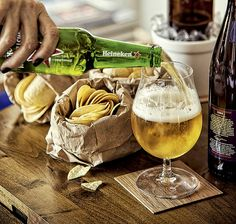 CERVEJA - Sacos de papel substituem bowls e cachepôs viram minibaldes de gelo | drinks | beer