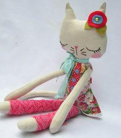 O Mundo de Calíope: Gatinhos fofos e criativos em tecido