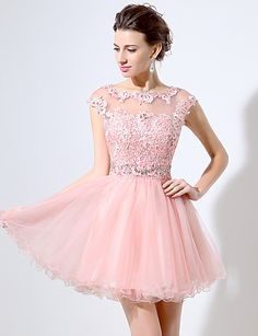 Coquetel Vestido De Baile Decorado com Bijuteria Curto / Mini Renda / Organza com Apliques de 5153680 2016 por R$342,86