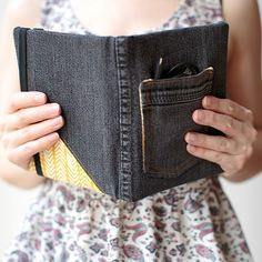 DIY E-reader Cover| Stephanie Stanesby for HelloNatural.co