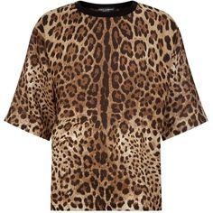 Dolce & Gabbana Leopard Print Oversized T-Shirt ($575) ❤ liked on Polyvore featuring men's fashion, men's clothing, men's shirts, men's t-shirts, dolce gabbana mens t shirts, mens leopard print shirt, mens patterned shirts, mens leopard print t shirt and mens animal print shirt