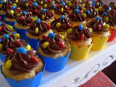 cupcakes com confetes!
