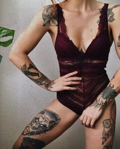 I love it - Hot Girls with sexy Tattoos #Tattoo #Tattoos #HennaTattoo #Henna #body #bodyaart #sexygirl #bodyart