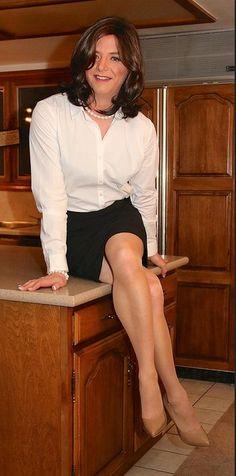 transformedbeauties: trannymilf: so right Verrry nice.