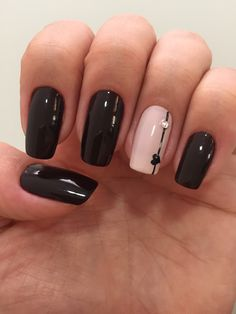 Nail art designs with awesome colors 2018 - Reny styles New Nail Art Design, New Nail Designs, Acrylic Nail Designs, Acrylic Nails, Black Nails With Designs, Nails Design, Design Art, Black And Nude Nails, Black Nail Art