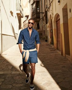 Roam the streets looking good with men's Ray-Ban Highstreet @SmartBuyGlasses http://www.smartbuyglasses.com/designer-sunglasses/Ray-Ban/Ray-Ban-RB2180-Highstreet-710/73-265109.html