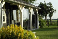 Dat is genieten! Opvouwbare terrasbeglazing onder bestaande overkapping of veranda.
