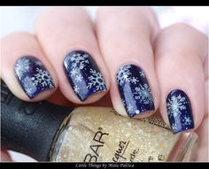 Little things that make me happy: Snowflakes Manicure (L'Oreal Mystic Blue & Nubar White Polka Dot & BornPretty 01 Plate)
