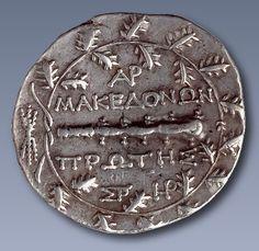 macedonia Photo: ancient macedonian coin in greek. Ancient Beauty, Ancient Egyptian Art, Ancient Aliens, Ancient Greece, Greek History, Modern History, European History, American History, Alexandre Le Grand