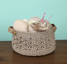 A simple basket with pretty textures that is great for holding all sorts of things! Fill it with yarn to store your latest crochet project, use it as a fruit basket in the kitchen, keep it in the bathroom to hold washcloths, or on your vanity table to organize make up!