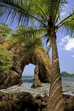 Cathedral Rock at Paria Bay, Trinidad and Tobago - Favorite Photoz
