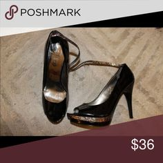 Heels Guess, patent leather black heels. With thin strap. Size 8. Guess Shoes Heels