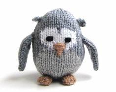 Knit Miniature Gray Owl
