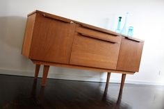 Mid Century Teak Sideboard Bar Buffet Cocktail Cabinet Retro Vintage   360 Modern Furniture