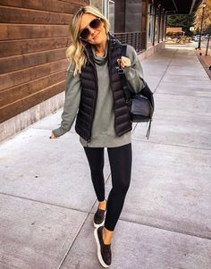 winter outfits with leggings Die beliebtesten - winteroutfits Winter Fashion Outfits, Casual Fall Outfits, Fall Winter Outfits, Look Fashion, Cute Outfits, Spring Outfits, Woman Fashion, Casual Weekend Outfit, Cute Legging Outfits
